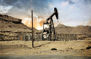 Нефть корректируется в ходе утренней сессии